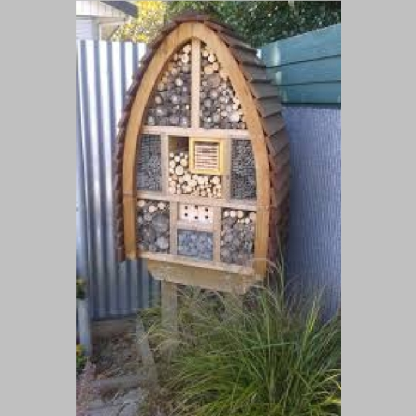 Insect_Hotel_11.jpg