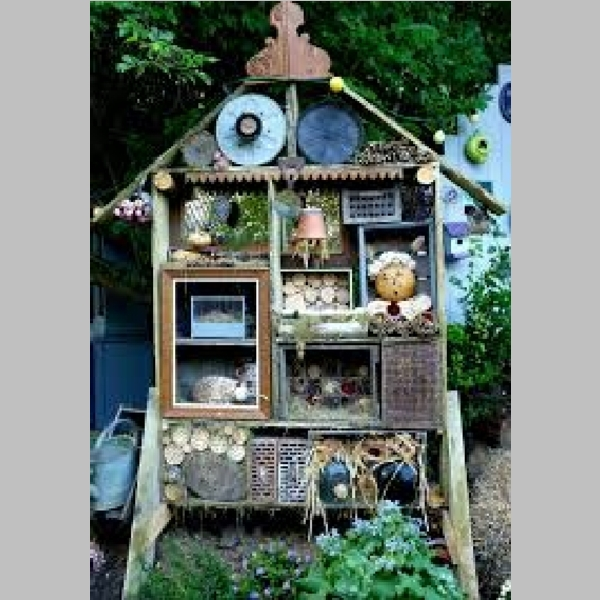 Insect_Hotel_20.jpg