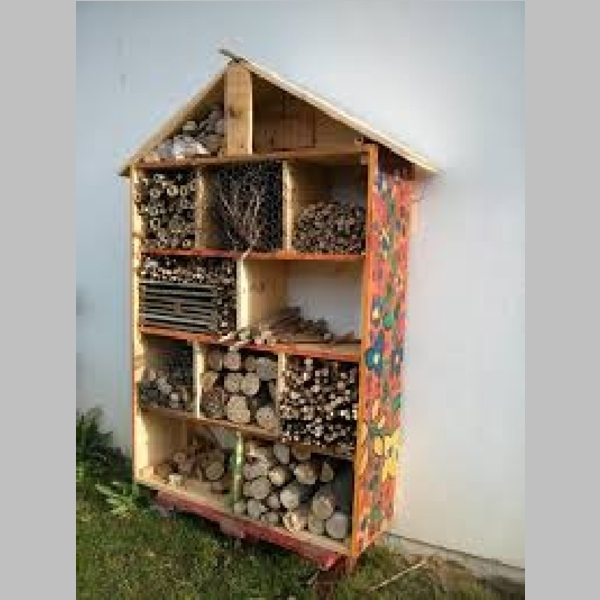 Insect_Hotel_7.jpg